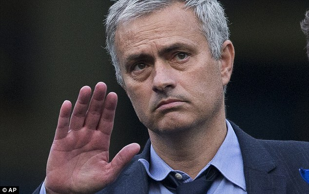 Why does Mourinho have a Jedi-like mental hold over the media?